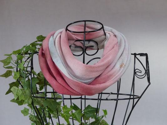 pflanzengefärbter Schal-CHERAX