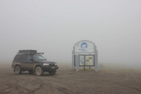 Und da sind wir mittendrin in den Wolken und an der Grenze zu den Northwest Territories.