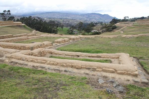 Der Grundriss der Inka-Gebäude ist rechteckig.