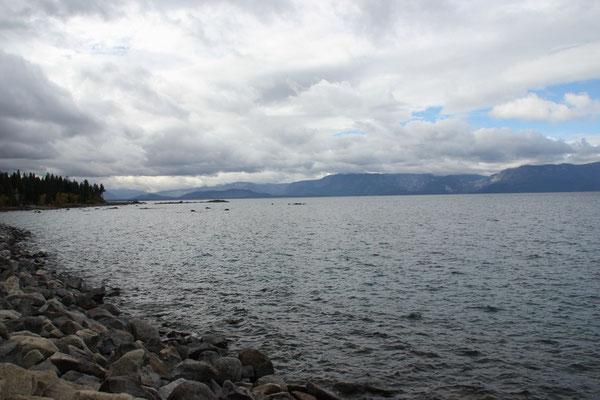 Gibt wohl schönere Aufnahmen vom Lake Tahoe...