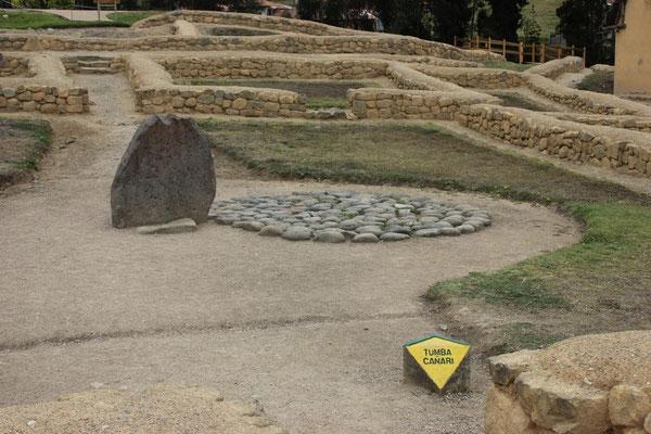 Ingapirca: Grab eines Priesters der Kañaris