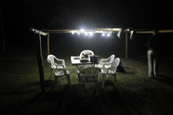 Wir haben zu Weihnachten eine Campinglichterkette bekommen, welche für die richtige Stimmung sorgte.