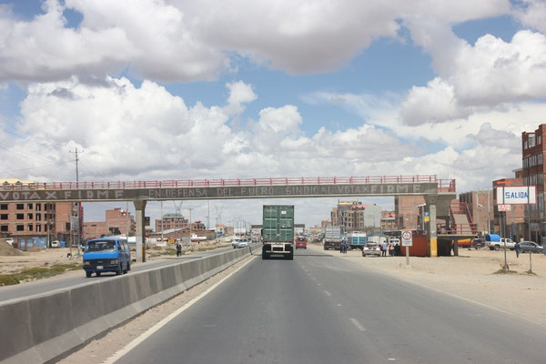 Auf der guten Strasse nach Oruro...
