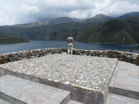 Herrliche Aussicht auf die Lagune Cuicocha.