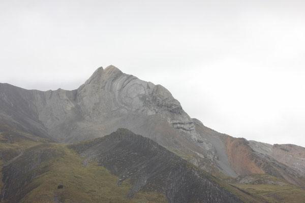 Dieser Berg lachte uns auf über 4600 m trotz Regen an.