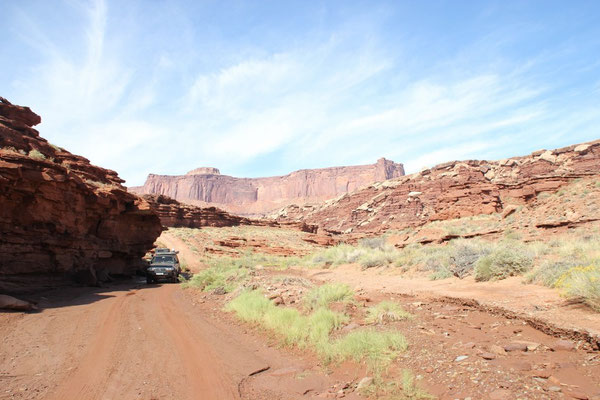 Abfahrt in den Lathrop Canyon