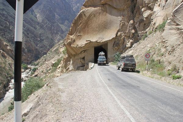 Kreuzen kann man in den Tunnels nicht.