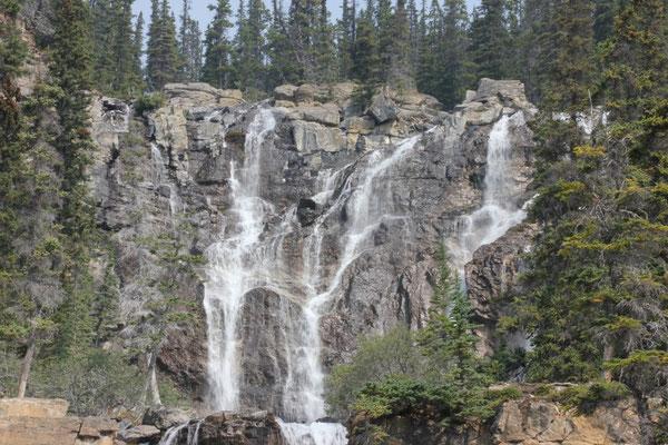 Der obere Teil des vorhergehenden Wasserfalles.