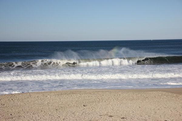 Herrliche Wellen, das Wasser aber zu kalt zum Baden.