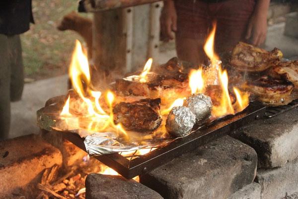 Es stand zwar alles in Flammen, war aber trotzdem mega fein.