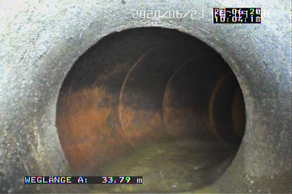 Aufweitung des Kanalrohrs