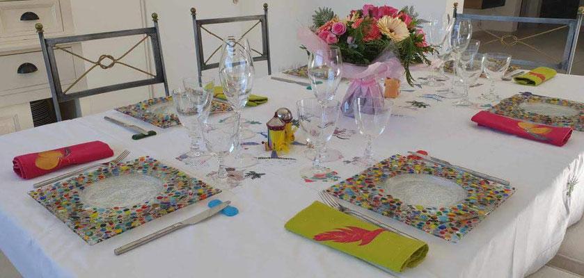 table dressée collection plumetis personnalisée