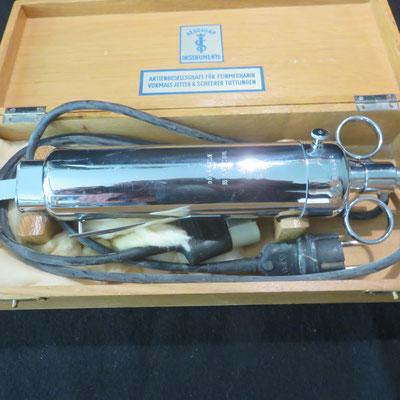 8330 outil electrique scie aesculape
