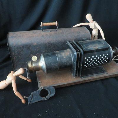 1617 lanterne magique Torpedo DL 1920