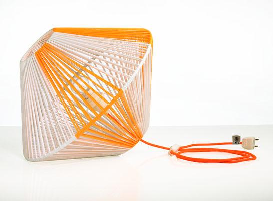 Lampe DoScoubi Small orange fluo catalogue - @cprqct