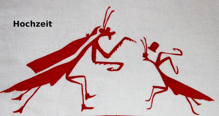T-Shirt Motiv Hochzeit (Gottesanbeterin mit Mann) .  Klimaneutral, fair und bioologisch produziertes Textil