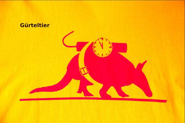 T-Shirt Motiv Gürteltier. Klimaneutral, fair und bioologisch produziertes Textil
