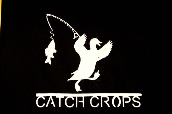 T-Shirt Motiv  Catch Crops (Ente mit Angel). Klimaneutral, fair und bioologisch produziertes Textil