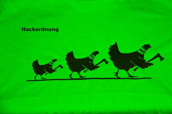 T-Shirt Motiv Hackordnung (Hühner).  Klimaneutral, fair und bioologisch produziertes Textil