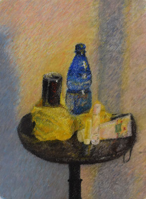 Stilleben blaue Flasche, 52,5 x 42,5 cm.