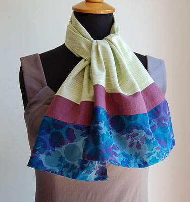 Foulard en tissu création textile Inés Cano