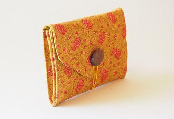 portefeuille compagnon en tissu création textile Ines Cano
