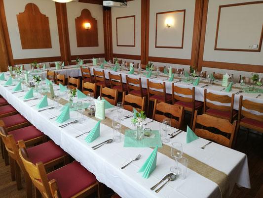 Saal für Feiern bis ca. 45 Personen