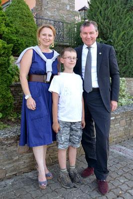 Maximilian mit Haubenkoch Toni Mörwald und seiner Frau Eva
