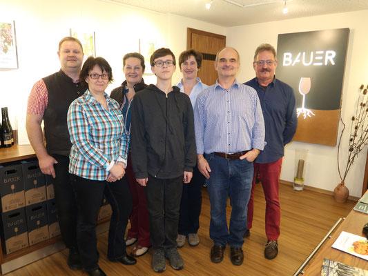 Familie Planer zu Besuch bei unserer Weinbauerfamilie Gabi und Anton Bauer in Großriedental
