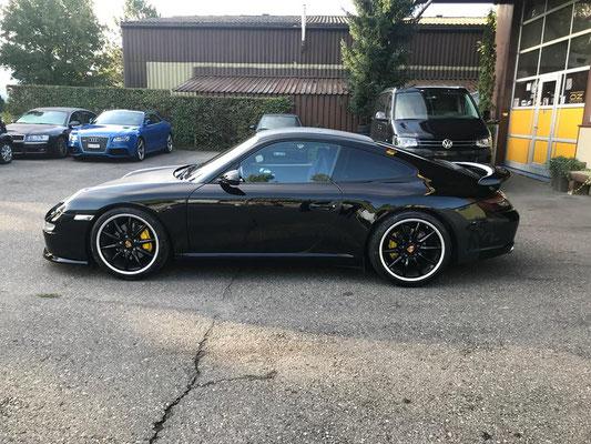 Porsche 911 Carrera mit neuem Heckspoiler!