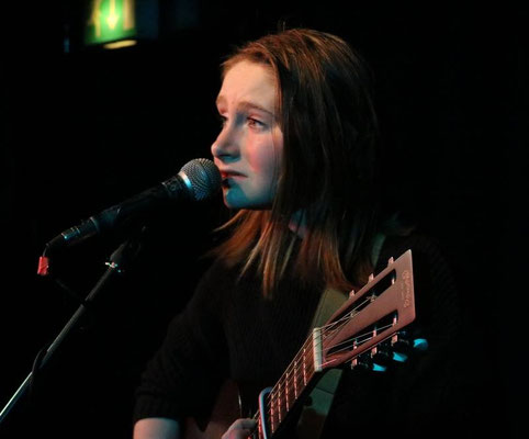 Hannah Brown @ The Brunswick, Hove - 11/02/17. Credit: Andy Voakes.