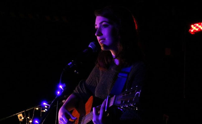 Saskia Steene Faulkner @ Sticky Mike's Frog Bar, Brighton - 05/07/16. Credit: Andy Voakes.