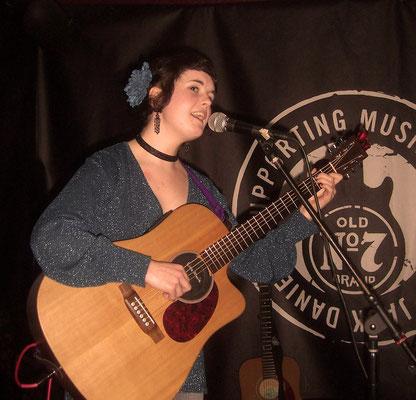 Lisa Marie Glover @ The Druids Arms, Brighton - 26/01/12. Credit: Richard Ward.