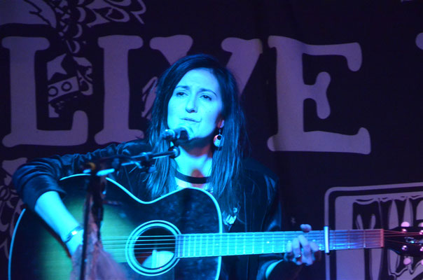 Donna Fulman @ The Hope, Brighton - 13/02/13. Credit: Peter Williams.