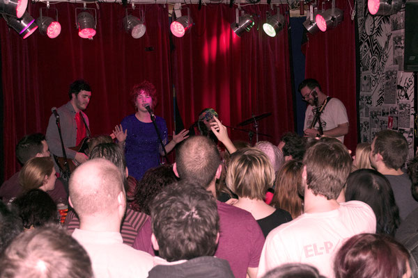Crowd watching Mama Moonshine @ The Camden Enterprise, London - 11/01/14. Credit: Richard Ward.