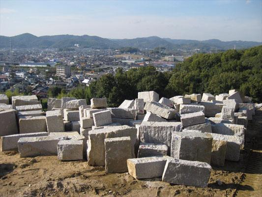 原石製品のストックヤード