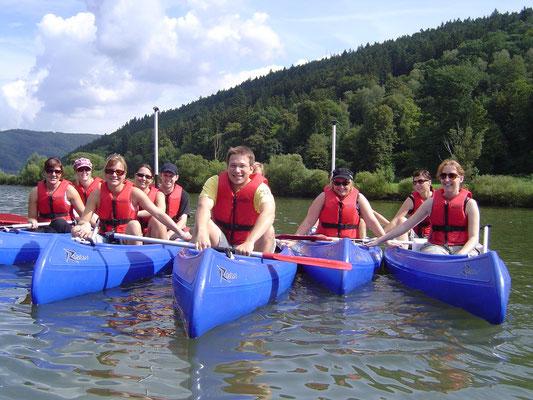 kanufahren auf dem Neckar , Klassenausflug www.kanu-neckar.de SOG
