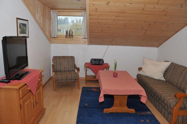 Wertach-Ferienwohnungen.de  Blick in den Wohnraum Bärenhöhle