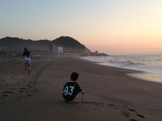 早朝の散歩と太東岬灯台