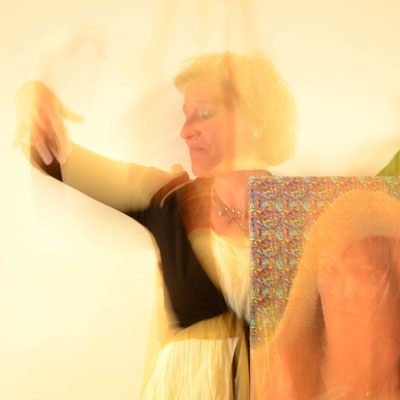 tanz, licht, beatrice sackmann, flowfly.photo