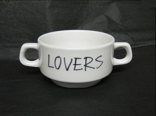 LOVERS  /  2010  /  7 x 12 x 10