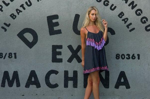 Dress Pom Pom grey 69€