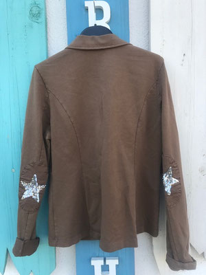 "Sweatsakko ""Star"", camel , in GR S/M/L/XL, 49,90€"