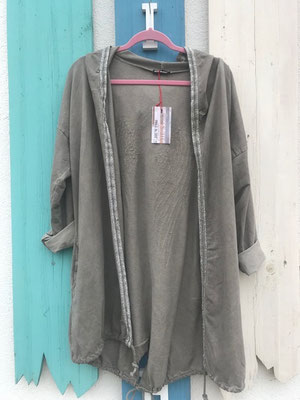 """Sweatjacke """"Angel"""", one size, schlamm  49,90€ sold out"""