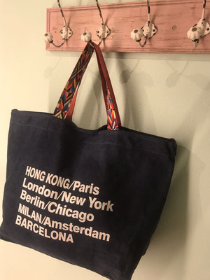 "Canvas Bag ""Worldtraveller"" navy blue, 29€"
