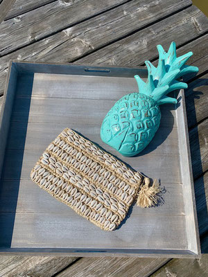 "Clutch ""Seashell allover"" natural,   49€"