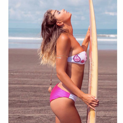 Bali Sensasi Bandeau Bikini available in offwhite/red  Gr M/L 79€