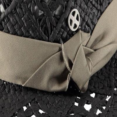 """Hut """"Black Beauty"""" black, 100% Paper, mit Band größenverstellbar, 39,95€"""
