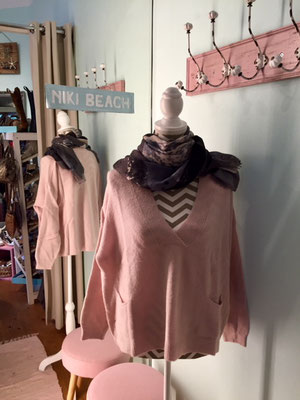 """Pulli """"Wilde Side"""", one size, soft pink, 49,90€"""