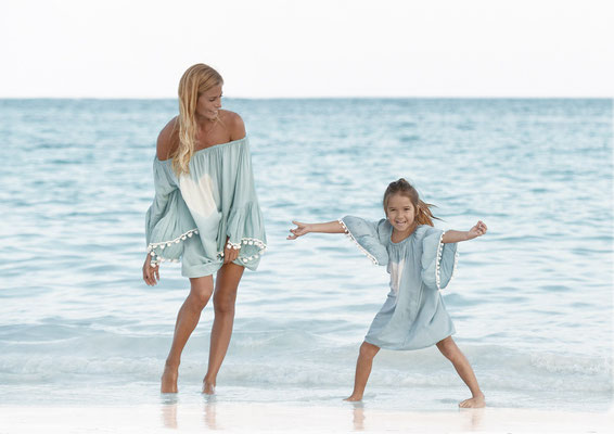 mele beach Dress Atic Heart, türkis one size 59€, kids 49€  SOLD OUT FOR WOMEN!!